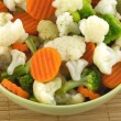 Vegetables in bowl isolated closeup — Foto de stock #24786041