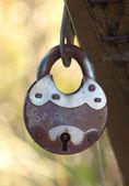 Old rusty padlock close up — Stock Photo