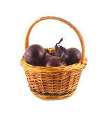 Onion turnip in brown wicker basket isolated — Stockfoto
