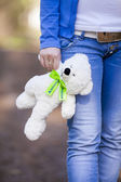 Girl and bear — Stock Photo