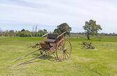 Stary drewniany wóz osi — Zdjęcie stockowe