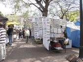 Treet market in Plaza Dorrego in San Telmo — Stock Photo