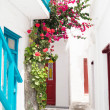 Traditional greek house on Mykonos island, Greece — Stock Photo #28249581