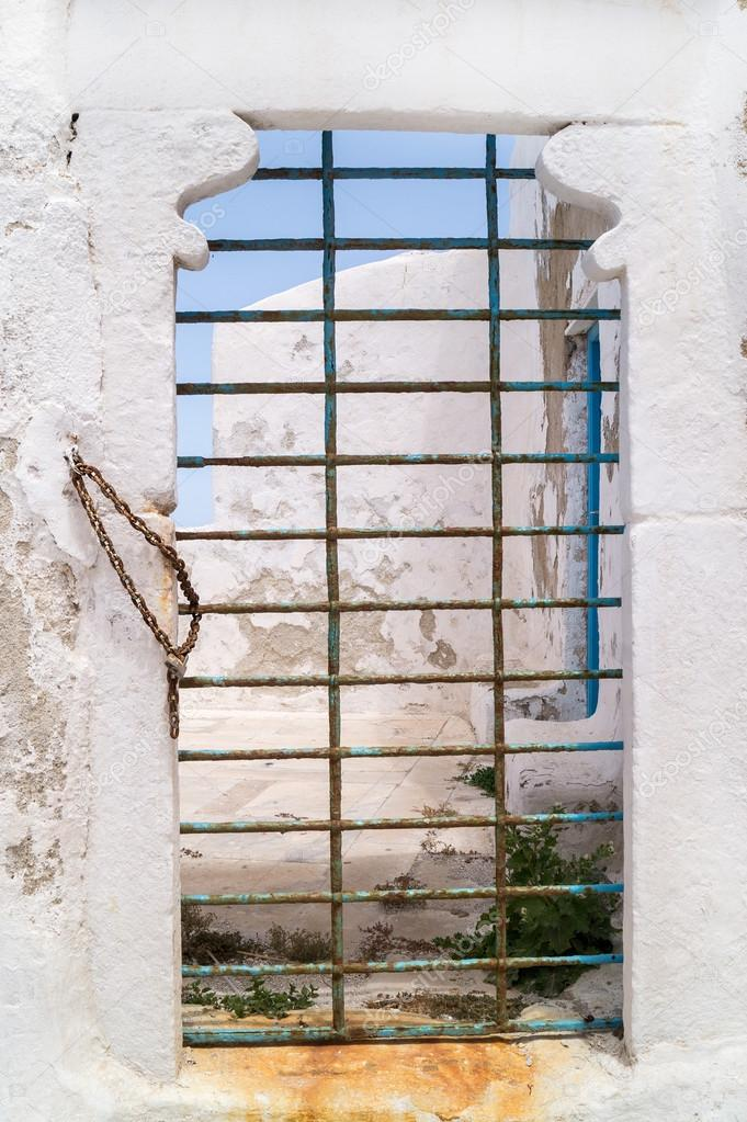 Porte ancienne grecque traditionnelle sur l 39 le de mykonos for Porte grecque