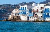Vista panorámica de la pequeña venecia en la isla de mykonos, grecia — Foto de Stock