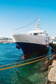 Traditionellen fischerboot auf mykonos insel griechenland — Stockfoto