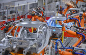 Robot di saldatura in fabbrica — Foto Stock