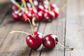 Fresh cherries on the table — Stock Photo