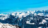 Swiss säsong vinterlandskap. — Stockfoto
