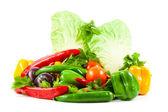 Zdravé stravování. sezónní biozeleniny syrové. — Stock fotografie
