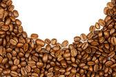 Fronteira de café. marrom café em grão isolado no fundo branco. — Foto Stock