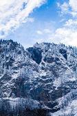 山の美しい冬の風景。アルプスの山岳地帯 — ストック写真