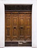 Stare drzwi — Zdjęcie stockowe