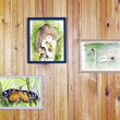 childrens watercolors arts hang on wall — Stock Photo