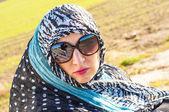 Chica musulmana que llevaba higab — Foto de Stock