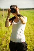 Natura fotograf robi zdjęcia — Zdjęcie stockowe