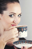 Empresaria bebiendo café — Foto de Stock