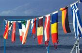 Bannerets op marina — Stockfoto