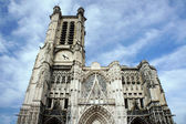 Gothic facade of the Saint-Pierre-et-Saint-Paul Cathedral in Troyes — Stock Photo