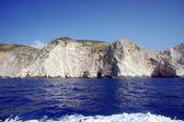 与扎金索斯岛上的白色岩石峭壁 — 图库照片