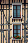 Windows in tenement house- the old city of Troyes — Stock Photo