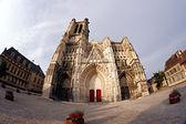 Gothic Saint-Pierre-et-Saint-Paul Cathedral — Stock Photo