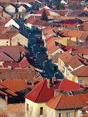 Stedelijke scène over opgebouwd gebied tonen daken — Stockfoto
