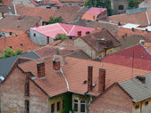 Urban scene across built up area showing roof tops — Foto de Stock