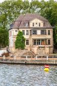 Old villa on the lake — Stock Photo