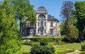 Historical villa on the River Elbe near Dresden — Φωτογραφία Αρχείου