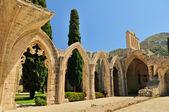 Bellapais abdij, kyrenia — Stockfoto