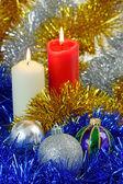 クリスマスつまらないものとキャンドル — ストック写真