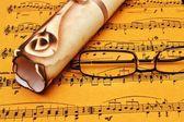 Müzik levha ve eski mektup — Stok fotoğraf