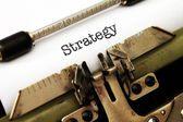 Strategi texten på skrivmaskin — Stockfoto