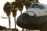 Endeavor Shuttle & Airplane — Stock Photo