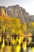 Yosemite Falls in Springtime — Stock Photo