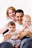 Szczęśliwej portret rodziny — Zdjęcie stockowe