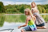 рыбалка девушки — Стоковое фото