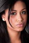 クローズ アップの肖像画 af 若い美しいアフリカ人女性 — ストック写真