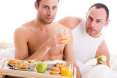 Homo couple enjoy their breakfast — Stock Photo