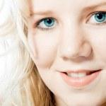 Bright blue eyes — Stock Photo #12743634
