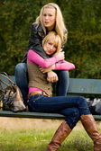 2 sisters on a bench — Foto de Stock