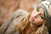 Make up autumn girl — Stock Photo