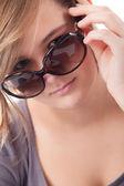 10 代のサングラス — ストック写真