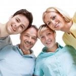 família feliz olhando para baixo — Foto Stock