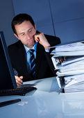 Uomo d'affari annoiato — Foto Stock