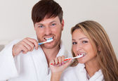 They brushed teeth together — Stock Photo