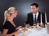 Romantic couple at the restaurant — Foto de Stock
