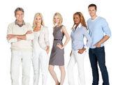 молодой бизнес группа стоя вместе на белом — Стоковое фото
