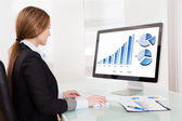 Business Analyst Woman Working On Computer — Stock Photo